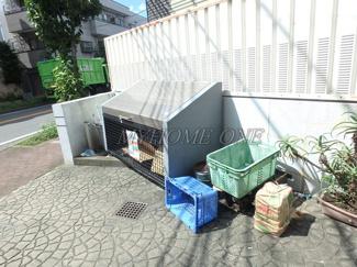 ゴミ置き場 コンフォール梶ヶ谷