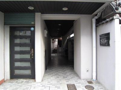 【エントランス】ア・カーザ木屋町