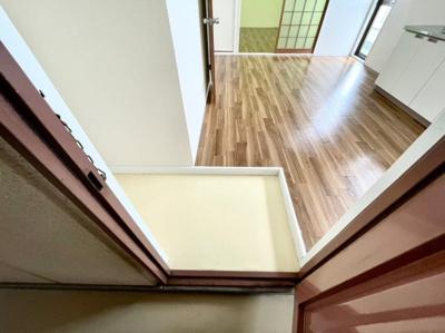 【玄関】メゾンプレザーント阿保