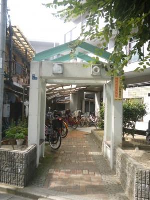 【エントランス】ガーデンハイツC