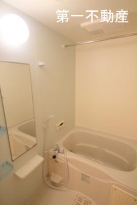 【浴室】ブライト・ヴィラ