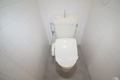 【玄関】空港リブレ大阪屋