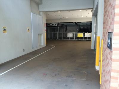 【駐車場】ラ・ウェゾン湊川公園