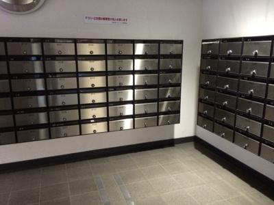 恵比寿スカイハイツのメールボックスです。