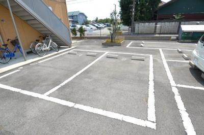 【駐車場】オーリスヨシダ