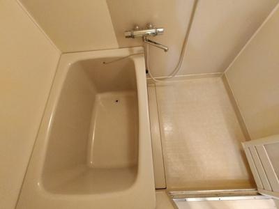【浴室】コンラッド寺川