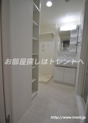 【洗面所】レガーロ渋谷本町