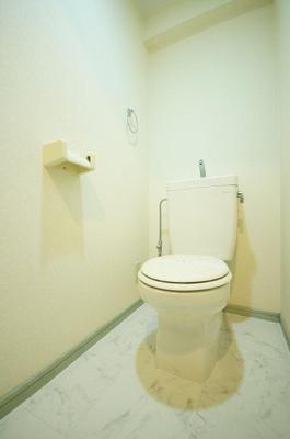 アヴァンセ那の川(1LDK) トイレ