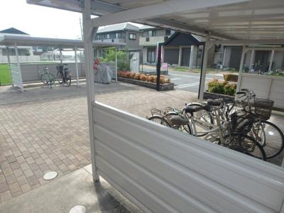 ガーデンスクエア (倉敷市北畝 賃貸アパート)駐輪場