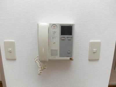 グラヴィス平尾(1LDK) インターフォン
