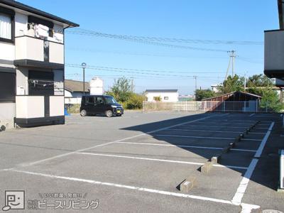 【駐車場】アビタシオン那賀川 B棟