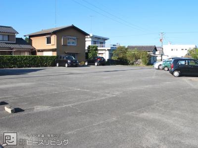 【駐車場】コスモスハイツ