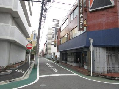【周辺】トミコシビル