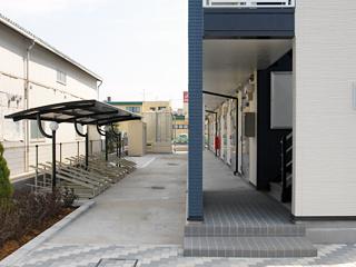 屋根付き駐輪場が無料で使えます