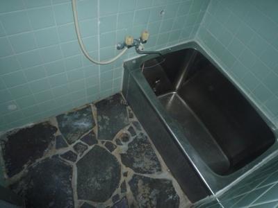 【浴室】大久保町3丁目貸家