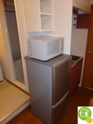 電子レンジ&冷蔵庫有り!※別のお部屋の写真です。