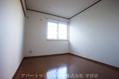 【寝室】ガーデン・スクエアA