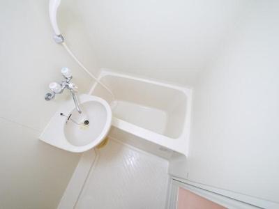 嬉しい、バストイレ別々のお部屋です。