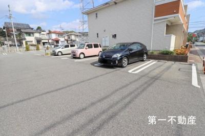【駐車場】ジェネロシティーα