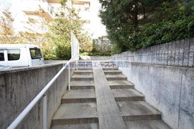 【エントランス】レオパレス桜通り