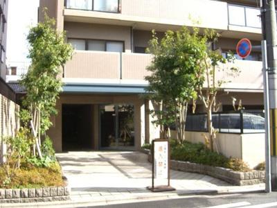 【エントランス】ベルシャトゥ御所南堺町
