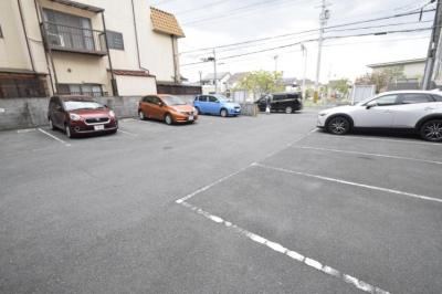 【駐車場】シャルムフジ