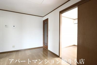 【居間・リビング】シャルマンメゾンB