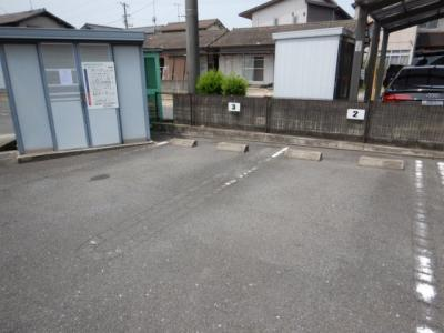 福田町古新田 ノボリゾンチーノ 2DK 駐車場