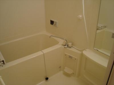 【浴室】オーパ・ヴィラージュ
