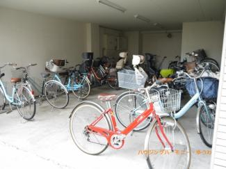 駐輪場がありますので、近くの自転車専門店で新たに購入するのも良いかも。