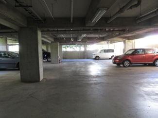 屋根付き駐車場 ヴェルドミール宮崎台