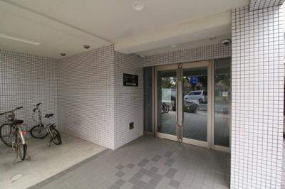 【エントランス】ラ・ヴィスタ板宿