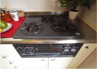 コンロもしっかり完備のキッチン♪