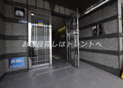 【エントランス】ワコービル飯田橋