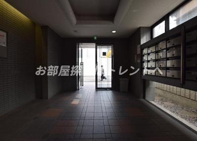 【ロビー】ワコービル飯田橋
