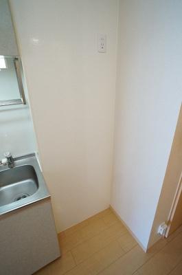 こちらは冷蔵庫置き場です!72×60!