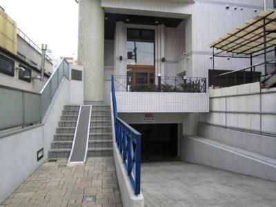 【エントランス】ロイヤル御池