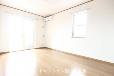 【居間・リビング】レジデンスさくら台D