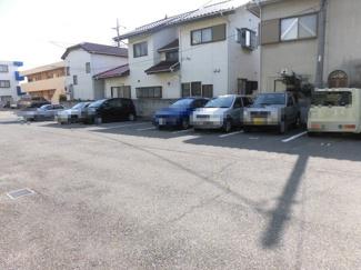 【駐車場】ファミールマジェスタ東棟