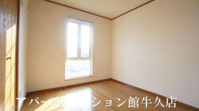【寝室】レイクルイーズ