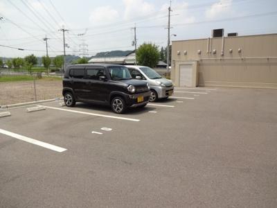 【駐車場】カーロ・セッテ
