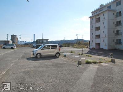 【駐車場】豊浜マンション