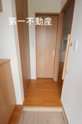 【玄関】アトリエール上中B棟