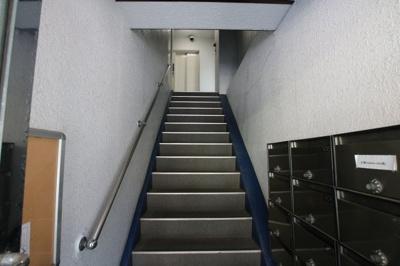 エム・モントワ 共用階段