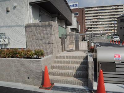 【エントランス】Sun-Ji-House