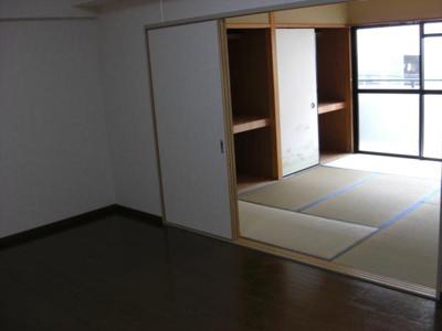 【居間・リビング】種村マンション5番館