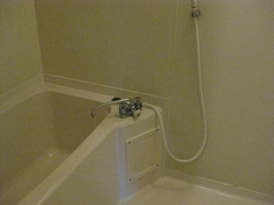 【浴室】ローズガーデンCOMO