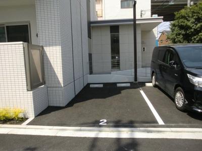 【駐車場】Lavia背戸口