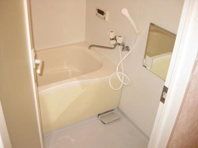 【浴室】ジョワドゥヴィーブル