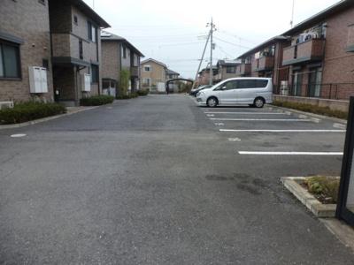【駐車場】リビングタウン太田A